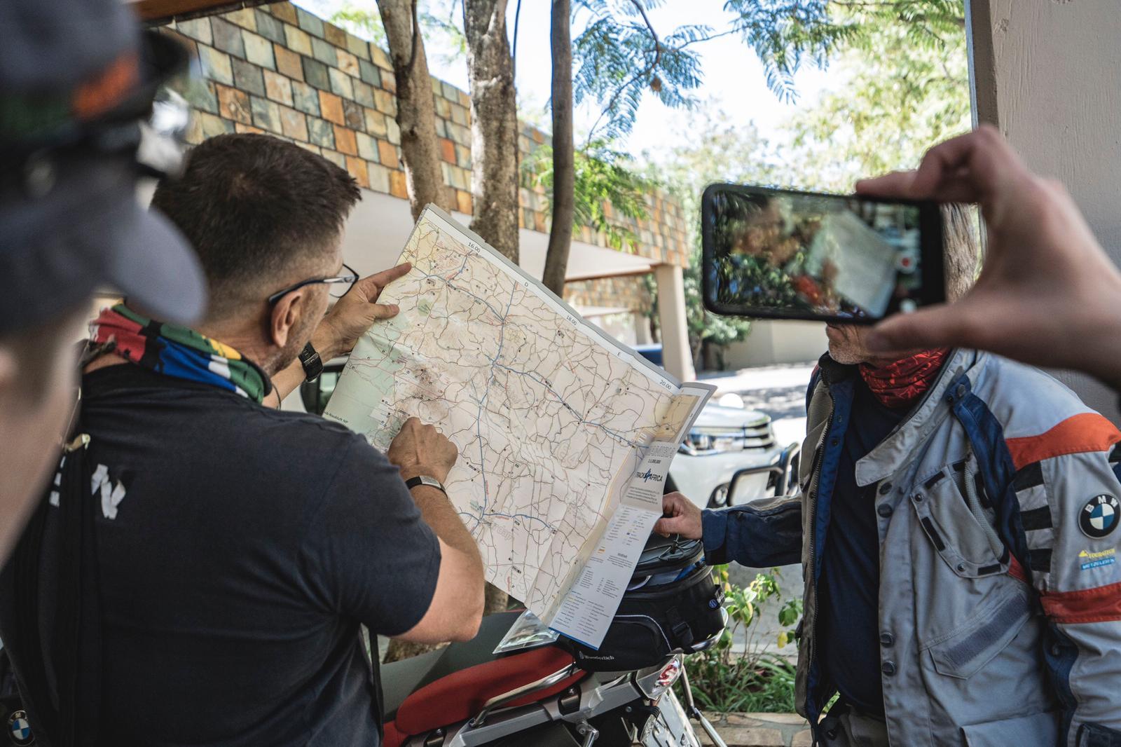 Startschuss für die Wüstentummler-Tour mit BMW GS durch Namibia