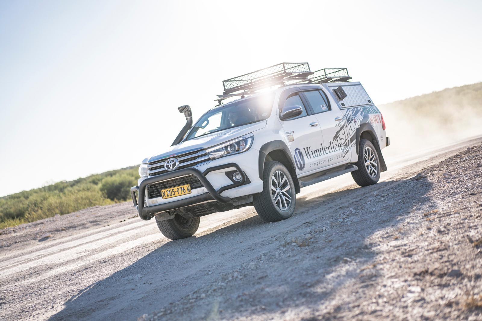 Begleitfahrzeug für die Motorradreise durch Namibia