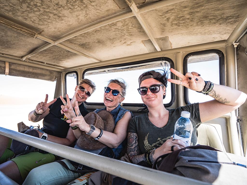 Afrikascout Crew hat Spass auf Namibia Reise